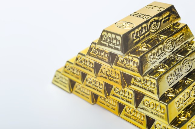 Japan's gold reserves ranked ninth in the world.