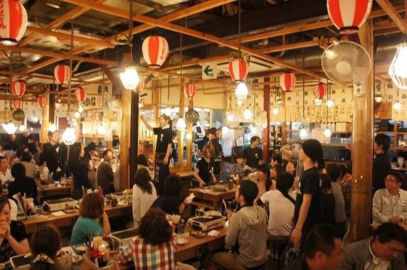 中国人観光客も「居酒屋」で盛り上がる!?(写真は「磯丸水産」)