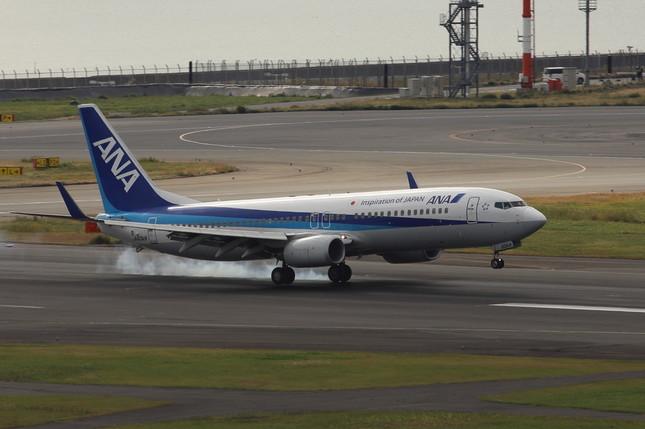 新幹線開業以降、東京-富山線は主にボーイング737型機で運航されている