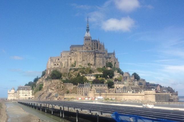 番組では世界各地の世界遺産を紹介してきた(写真はフランスのモン・サン・ミッシェル)