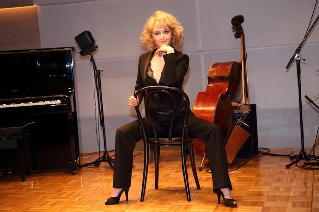 シャーロット・ケイト・フォックスさんは15年12月に来日公演を果たす
