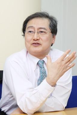 「見た目」の重要性について話す山田先生