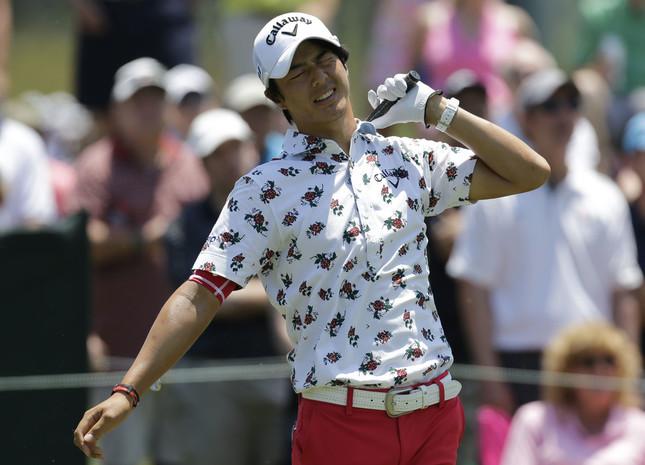 石川遼選手の総柄ポロシャツに視聴者釘づけ(写真:AP/アフロ)