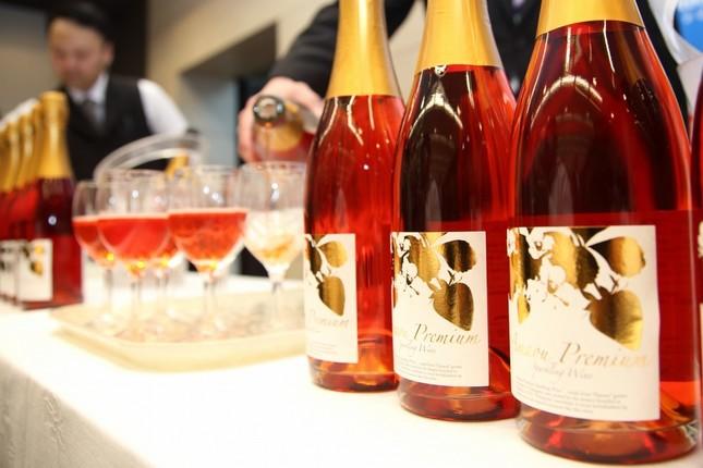 西鉄の「あまおうプレミアムスパークリングワイン」は首都圏でも販売されている