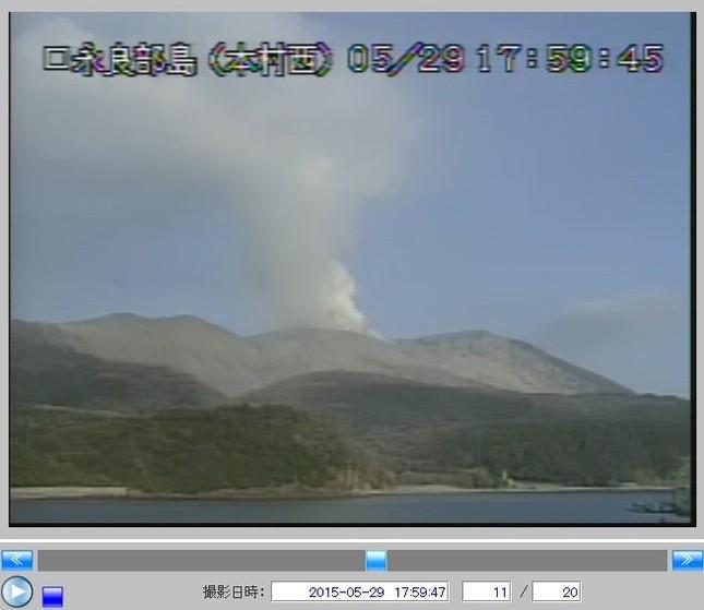 火砕流は2キロも流れた(画像は気象庁ライブカメラより)