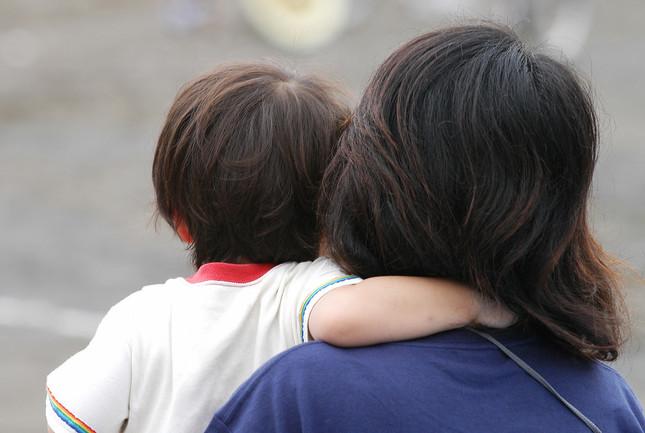 「母の日」「父の日」で悩む保育園(画像はイメージ)
