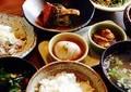 食生活直せば大腸がんのリスクが減る ヒントは和食とアフリカ料理にある
