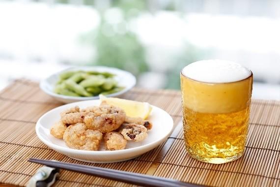 「ちょい飲み」に外食産業が続々参戦(画像はイメージ)