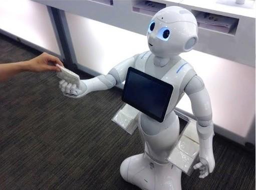 日本の文化や強みを、いかに海外展開していくか(画像はソフトバンクのヒト型ロボット「Pepper(ペッパー)」)