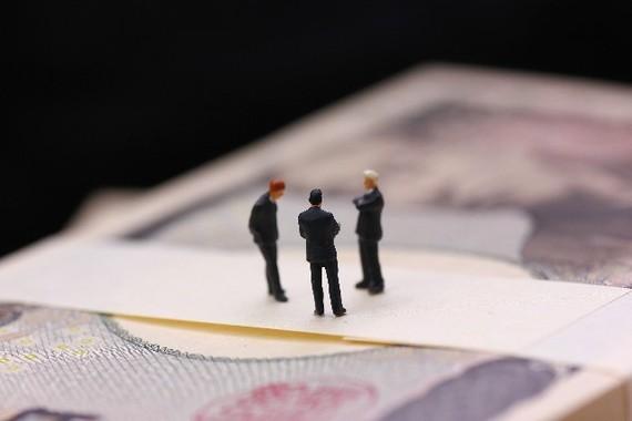 アベノミクス効果からか、今年はこれまでにない高額な役員報酬が話題