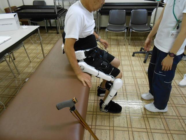 横浜の長田病院ではリハビリでロボットを使用