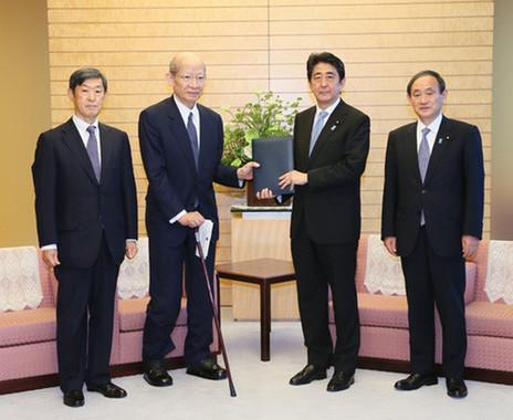 有識者懇の報告書は韓国の対日姿勢に厳しい評価を下している(写真は首相官邸ウェブサイトから)