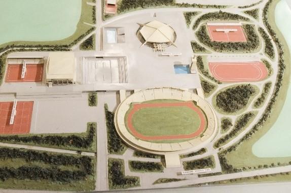 駒沢公園案に賛否(写真は模型)