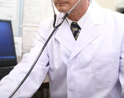 患者からの暴行、暴言を受ける医師が多い