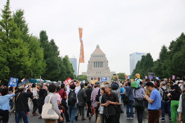 「SEALDs(シールズ)」は国会前のデモを主導した