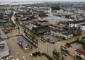 決壊した鬼怒川の濁流に耐え、人命も救った! あの「白い一戸建て」のメーカーに注目が...
