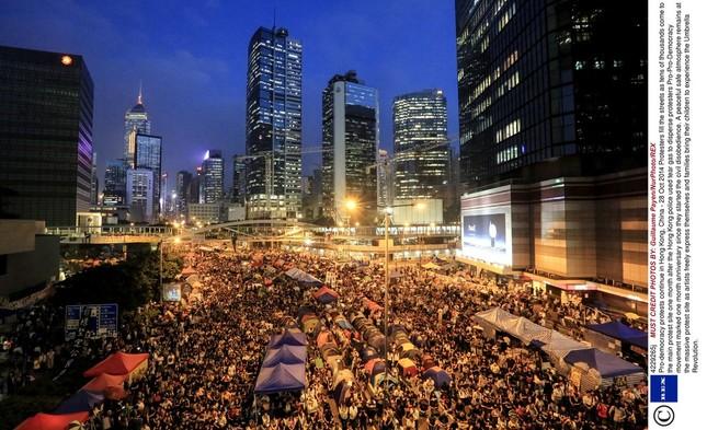 抗議活動で公道が長期間「占拠」される日は来るのか。写真は2014年に香港で起きた民主化デモ(写真:Rex Features/アフロ)
