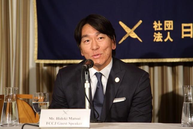 松井氏は慈善活動にも積極的に関わっている(写真は2014年撮影)