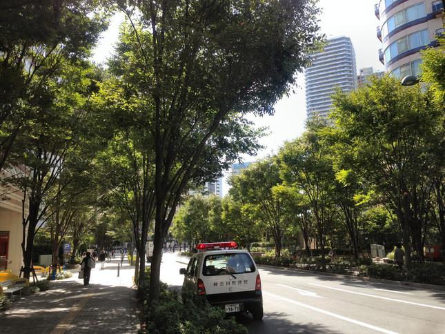 人気の「住みたい街」武蔵小杉の超高層マンションの資産価値は…(写真は、落下物があった周辺)