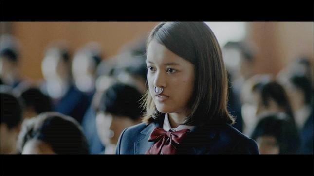 女優の夏居瑠奈さんが演じる主人公「ウシ子」(プレスリリースより)