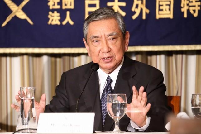 日本外国特派員協会で会見する河野洋平・元衆院議長