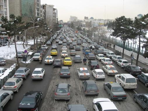 各国がイランに熱い視線を向ける中、日本も動き出した