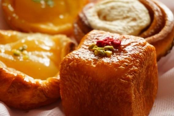 甘い菓子パンには糖分とカロリーがたっぷり