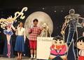 ソフトバンク新CM、アニメファンから不満 「セーラームーン」は年を取らないのに、小泉今日子は...