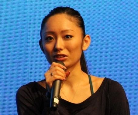 もはや「炎上女王」のイメージが定着した安藤美姫さん(画像は2013年10月撮影)