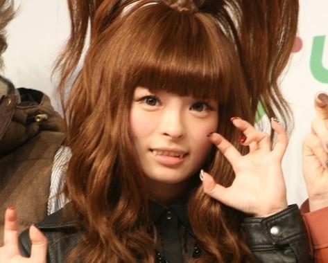2014年に「バタクラン劇場」で公演していたきゃりーさん(2012年9月撮影)