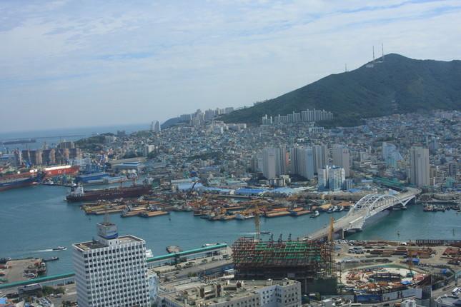 高速旅客船でも釜山と博多は3時間近くかかる(写真はイメージ)