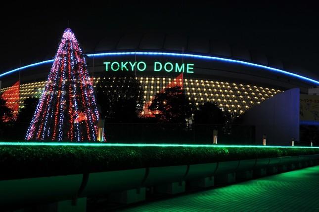 「嵐」の東京ドームコンサートは2015年12月23日、24日、26日、27日に開催される。
