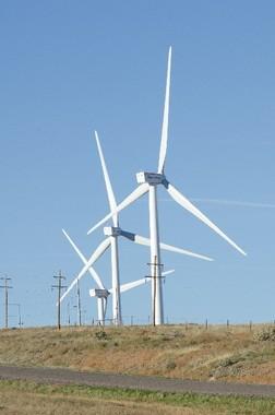 再生可能エネルギーへの関心も強いが…(写真はイメージ)
