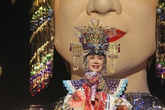 2009年にも「メガ幸子」がお目見え(写真は2009年のリハーサル時)