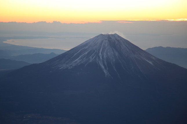 登山道が閉鎖される冬の富士登山はリスクが高い(写真はイメージ)