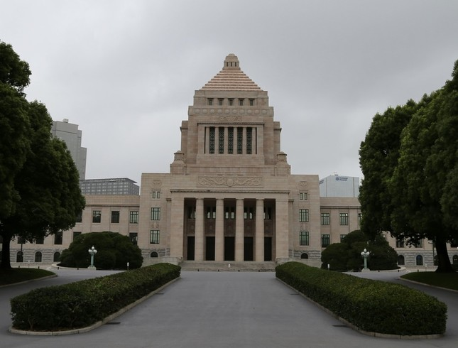 「税収増は安定財源ではない」とする統一見解が財務省から好評された