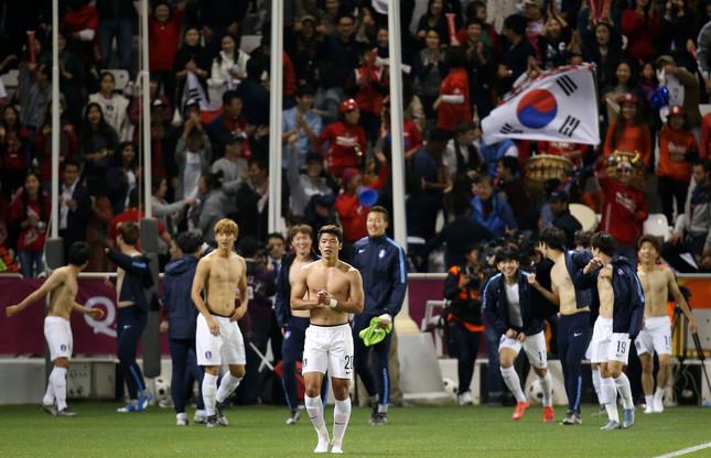 問題の発言は韓国が準決勝でカタールに勝利した直後に出た(写真:Yonhap/アフロ)