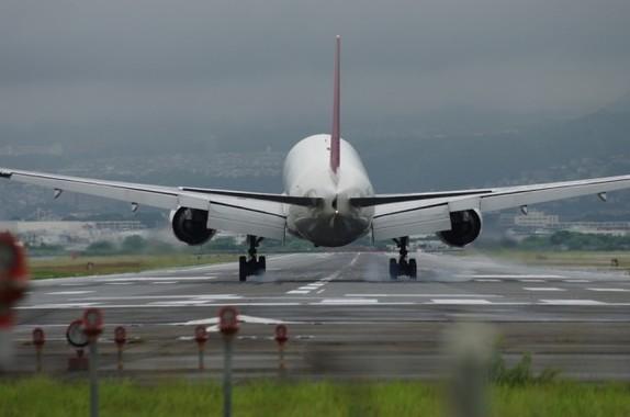 空港の民営化が始まるが、採算の合うビジネスになるかどうかは予断を許さない