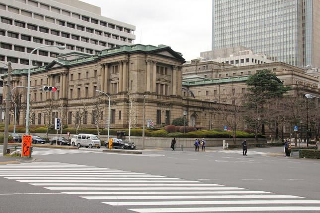 日銀の金融政策決定会合をめぐる報道が問題になっている