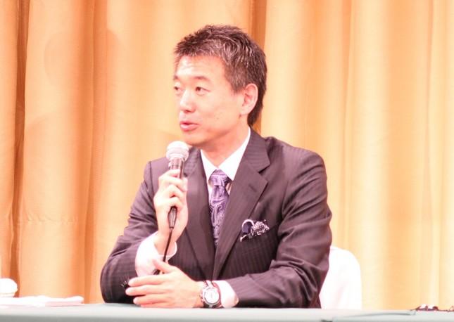 「講演料は200万円」? 橋下氏、政界引退も人気は衰えず・・・(写真は、2015年5月撮影)