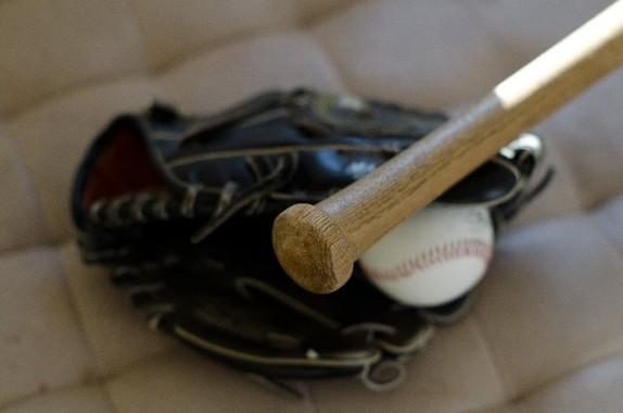 清原の覚醒剤に続き、ロッテのナバーロが実弾所持で逮捕され、プロ野球界は大慌て