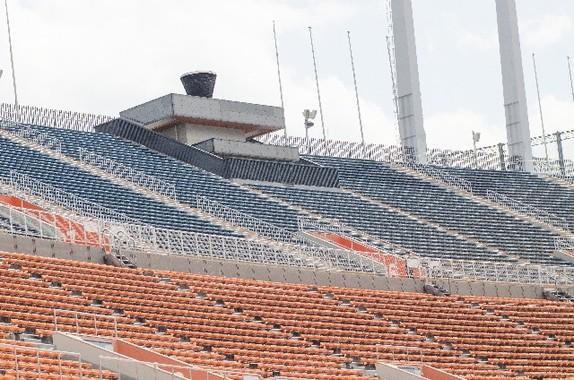 新国立競技場の聖火台問題、税金投入でしのぐのだろうか…