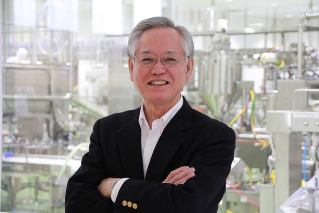 ミヤカン社長・寺田正志さん。2015年4月に竣工した新工場で