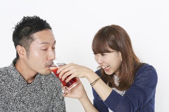 「適度な酒は長生き」が否定されてヤケ酒?