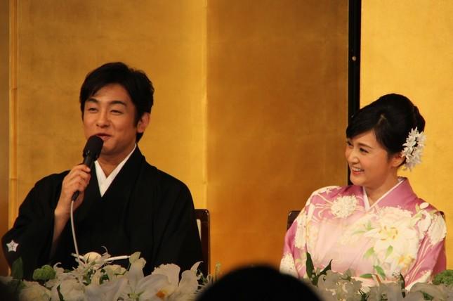 片岡さんがコメントしている時は常に見つめていた