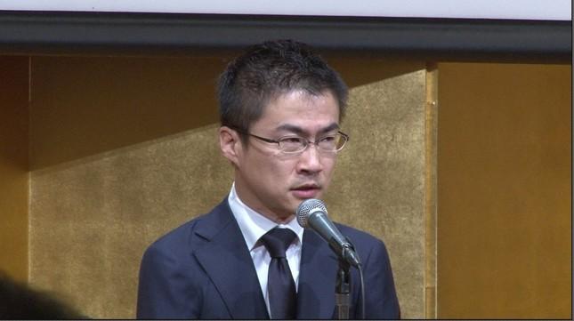 誕生日会中の乙武氏(公式提供映像より)