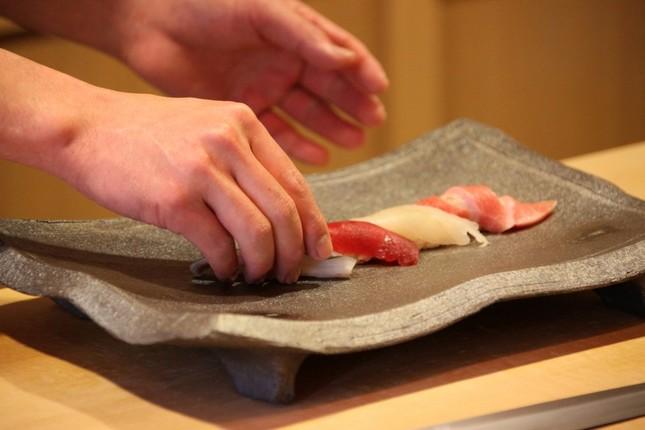 寿司の食べ方で「炎上」