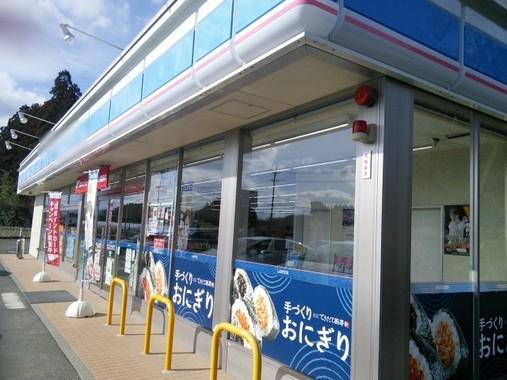営業利益2位のローソンは、2014年に買収した高級スーパー「成城石井」が好調だ。