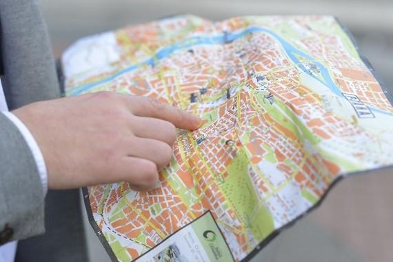 地図を見て目的地にたどりつけますか。