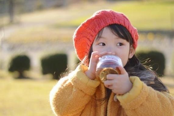 子どもには好きなものを飲ませるのがいちばん?